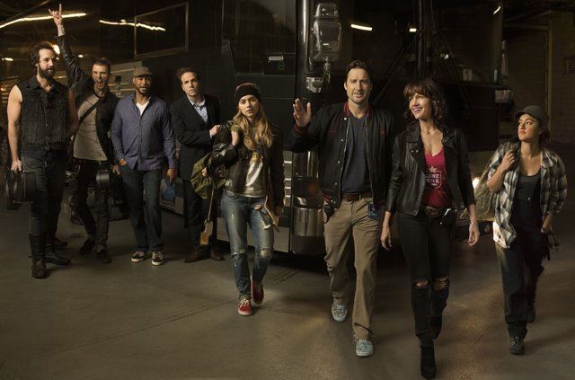 Peter Cambor as Milo, Colson Baker as Wes, Finesse Mitchell as Harvey, Rafe Spall as Reg, Imogen Poots as Kelly Ann, Luke Wilson as Bill Hanson, Carla Gugino as Shelli Anderson and Keisha Castle-Hughes as Donna in Roadies. Photo: Courtesy of SHOWTIME