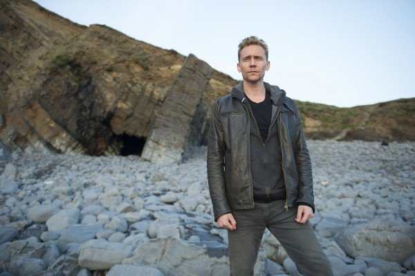 the_night_manager_tom_hiddleston_image_600x399